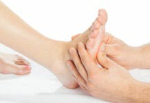 Top 15 Surprising Benefits of Foot Massages